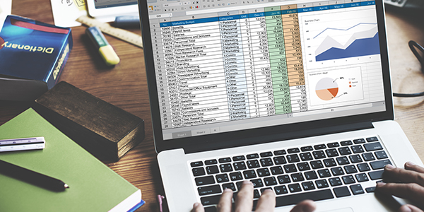 Verdrinken in Excel of zwemmen met een maatwerkapplicatie?